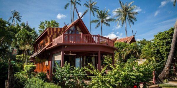 Beachfront 3 Bedroom Villa in Bang Por Koh for sale