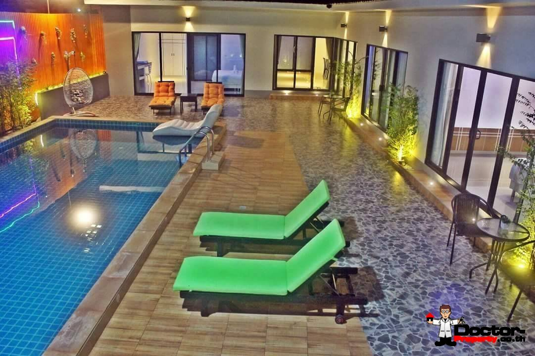 6 Bed Villa in Chaweng Koh Samui for sale