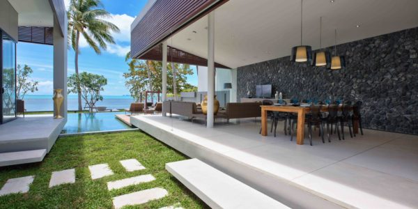 Beachfront luxury 3 Bedroom Villa in Bang Por - Koh Samui - for sale