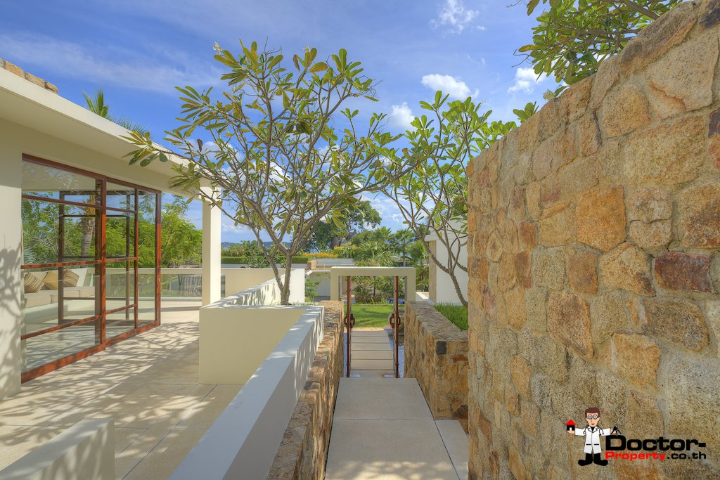 4 Bedroom Luxury Pool Villa, Choeng Mon, Koh Samui — For Sale
