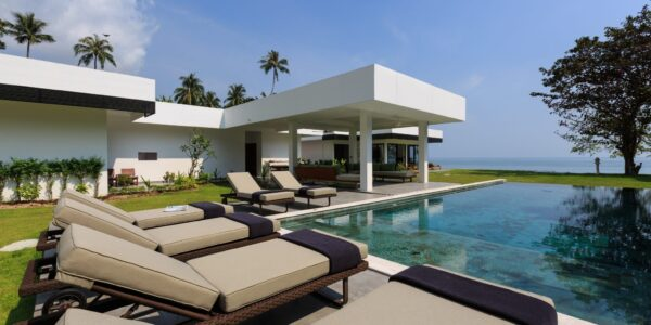 7 Bedroom Luxury Beachfront Villa - Laem Sor, Koh Samui - For Sale