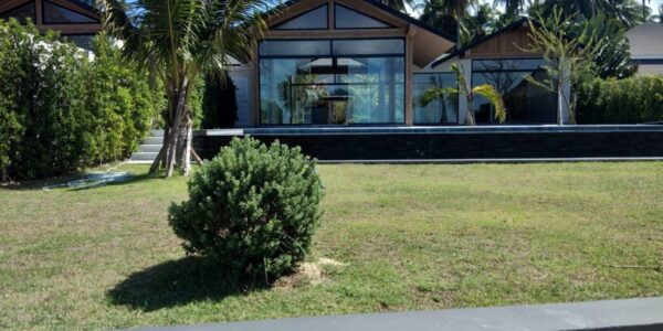5_Bedroom_Beachfront_Villa_Na_Mueang_Koh_Samui_for_sale_1