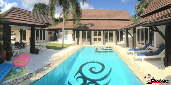 3-Bed_Villa_for_sale_Chaweng_Beach_Koh_Samui_pool