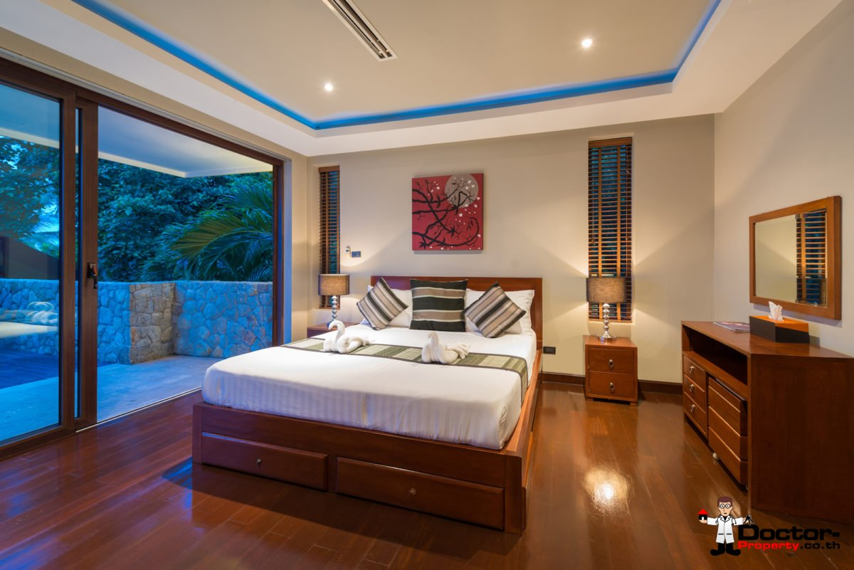 Luxurious 5 Bedroom Pool Villa with Seaview - Chaweng - Koh Samui - For Sale