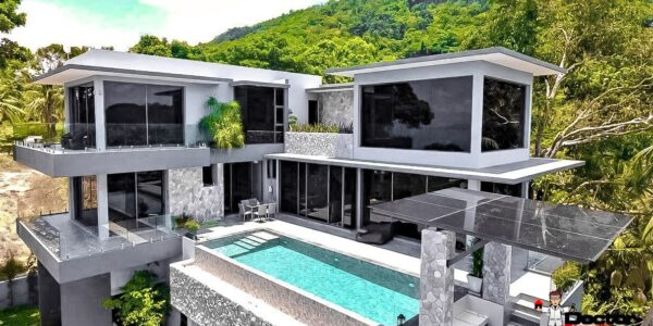 6 Bedroom Pool Villa in Private Estate - Bang Por, Koh Samui - For Sale