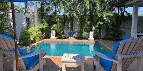 2 Bedroom House with A Pool - Bang Rak, Koh Samui - For Sale