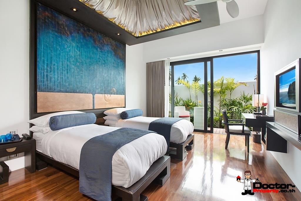 5 Bedroom Pool Villa next to the Beach - Hua Thanon, Koh Samui - For Sale