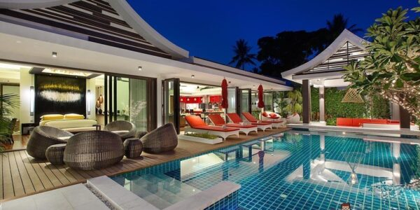 5 Bedroom Pool Villa next to the Beach - Hua Thanon, Koh Samui - For Sale