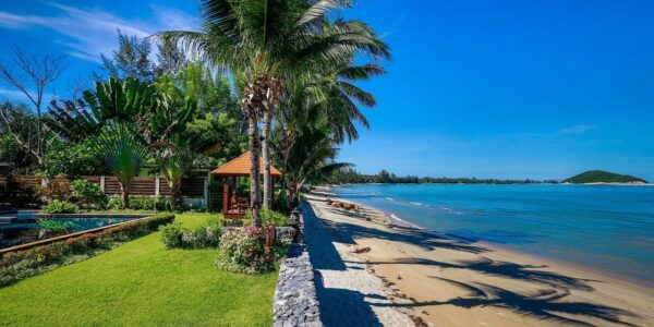 Stunning 5 Bedroom Villa - Beachfront - Lipa Noi - Koh Samui - for sale