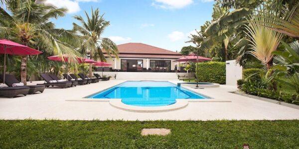 2 fantastic Pool Villas - 8 Bedrooms - Chaweng - Koh Samui - for sale