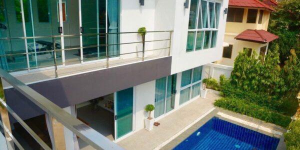 2 Storey Villa with 4 Bedrooms - Bang Rak - Koh Samui - for sale