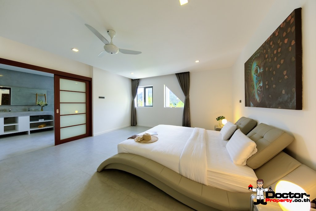 Stunning 5 Bedroom Villa with Sea View - Chaweng Noi, Koh Samui - For Sale