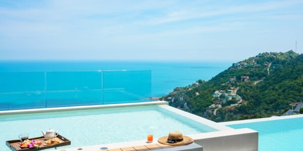 Exclusive 4 Bedroom Pool Villa in Chaweng Noi, Koh Samui - For Sale