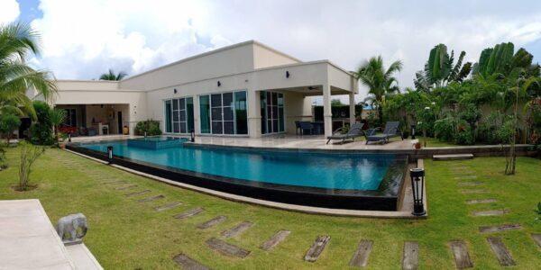 3 Bedroom Pool Villa – The Vineyard La Residence – Mabprachan – East Pattaya