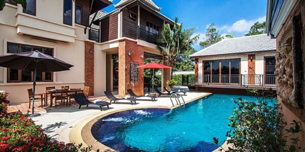 5 Bedroom Beverly Thai House Pool Villa - Jomtien Beach - Pattaya South - for sale