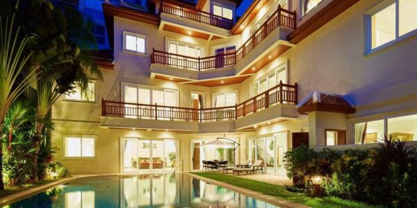 6 Bedroom Modern Style Villa - Pratamnak - South Pattaya - for sale