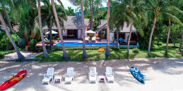 Fantastic 4 Bedroom Beachfront Villa - Laem Sor - Koh Samui - for sale