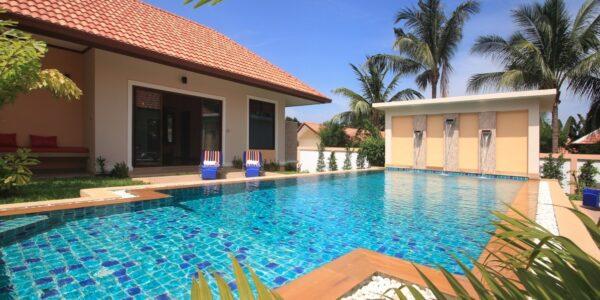 Privat Pool Garden Villa – 3 Bedrooms – Bang Rak – Koh Samui – for sale