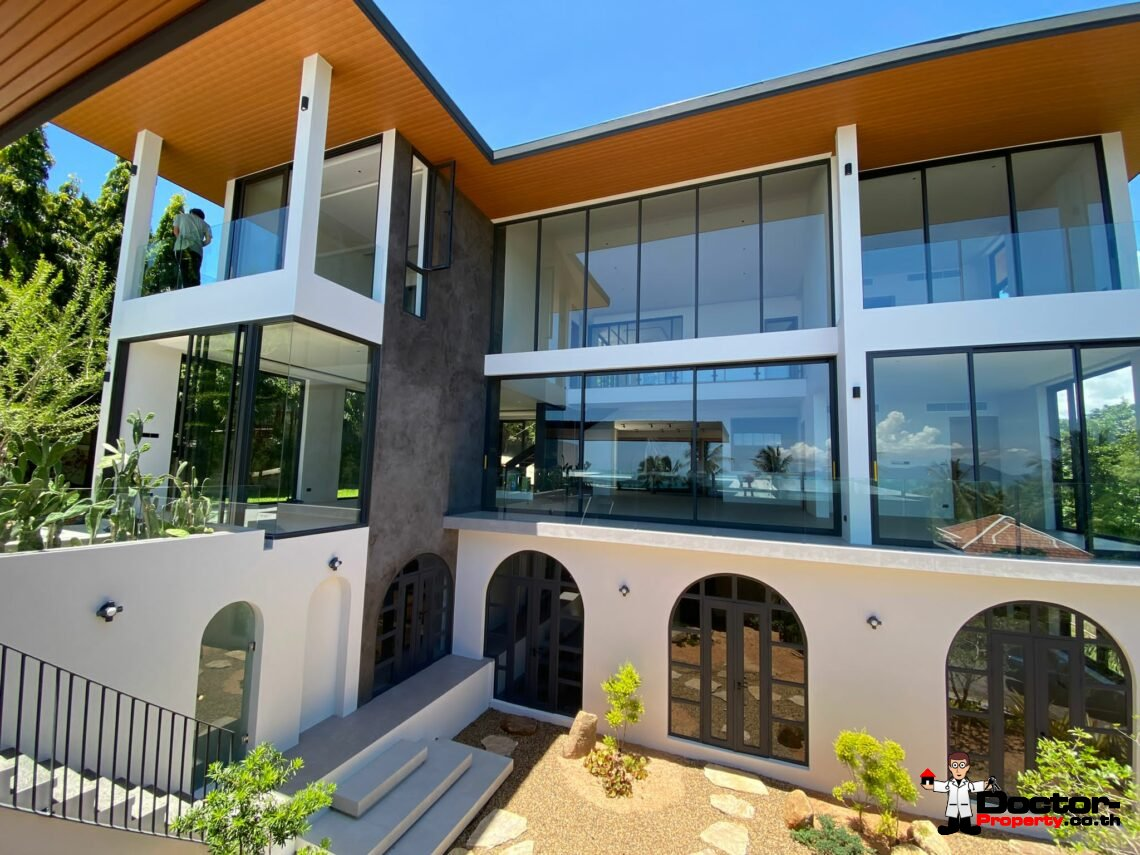 Fantastic 4+2 Bedroom Sea View Villa - Bang Rak - Koh Samui - for sale
